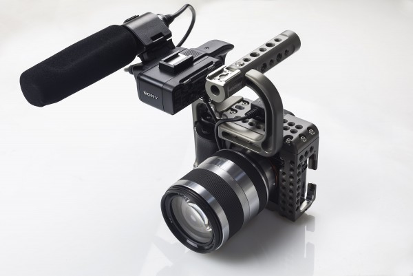 sony-a7s-cage-newsshooter