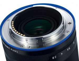 zeiss loxia 21mm f2.8 back