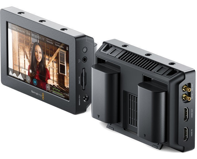 Blackmagic video assist 5-inch monitor side
