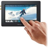 Blackmagic video assist 5-inch monitor