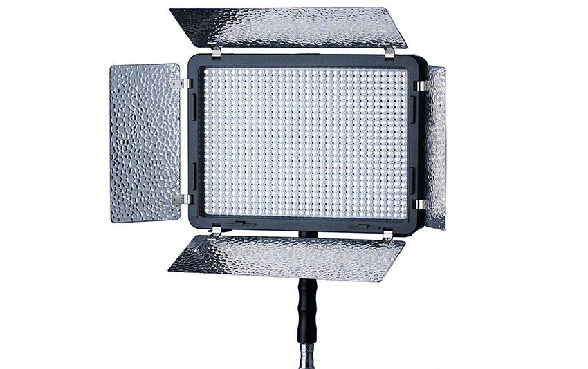 Phottix_Video_LED_720A_02