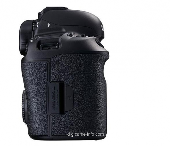 Canon 5D IV Compact Flash Slot