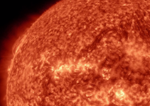 Mesmerizing 4K Time-Lapse of Earth and the Sun