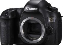 Official: New Canon 5Ds and 5DsR Get Closer to Medium Format with Massive 50.6MP Sensors