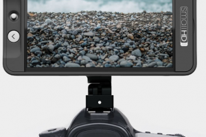 SmallHD 502 Packs A 1080p SDI/HDMI Resolution Monitor With 3D LUTs In The Size of An iPhone Screen