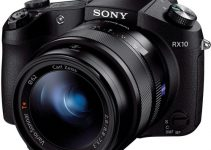 Anamorphic Shooting with the Sony RX10 II and SLR Magic 1.33x Anamorphic Adapter