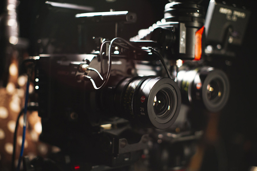 Red_Scarlet-W_vs_Panasonic_Varicam_LT_Dynamic_Range_02
