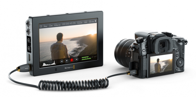 Blackmagic Video Assist 4K GH4
