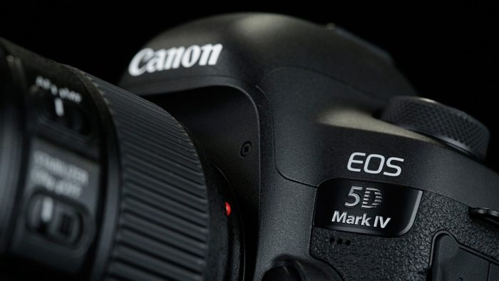canon-5d-mark-iv side