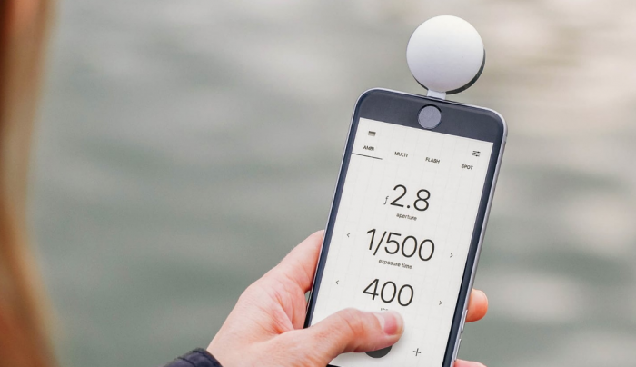 Lumu Power iPhone light meter