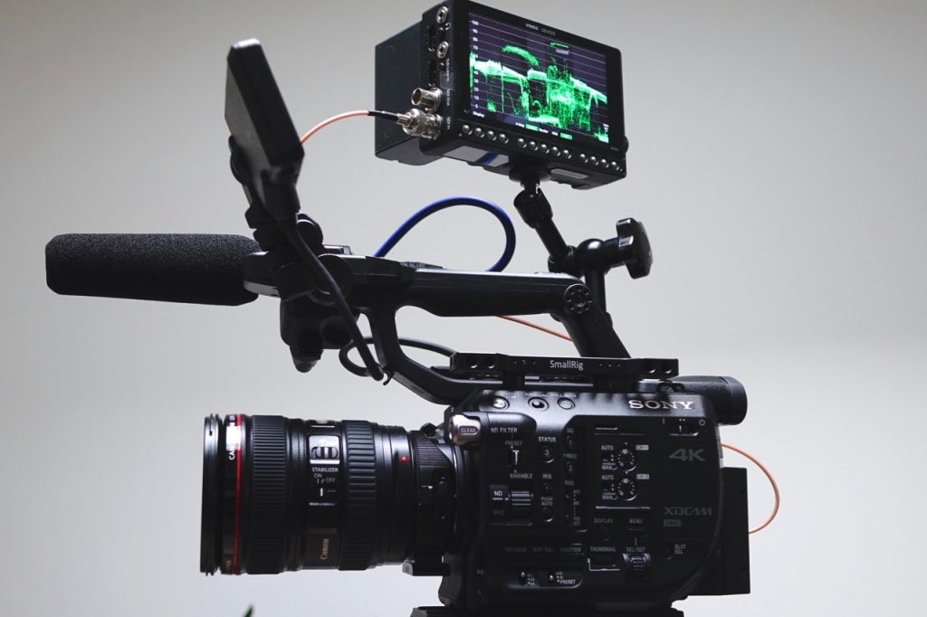 Video devices PIX-E5 Sony FS5