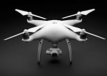 DJI Unveils Phantom 4 Advanced Drone Capable of Shooting 4K Video at 60fps