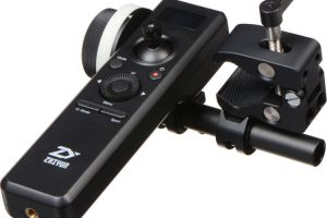 Remote Control is an Inexpensive Wireless Follow Focus System for Your Zhiyun Crane 2