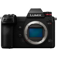Lumix S1R Front