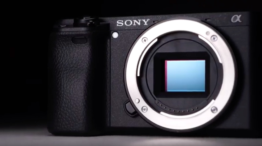 Rumor: Sony is About to Release Two New APS-C E-Mount