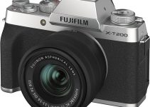 Fujifilm X-T200 Brings 4K Video Up to 30fps and Digital Stabilization for $699