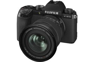 Meet the FUJIFILM X-S10 – an Entry-Level APS-C Camera That Shoots 4K/30p Video